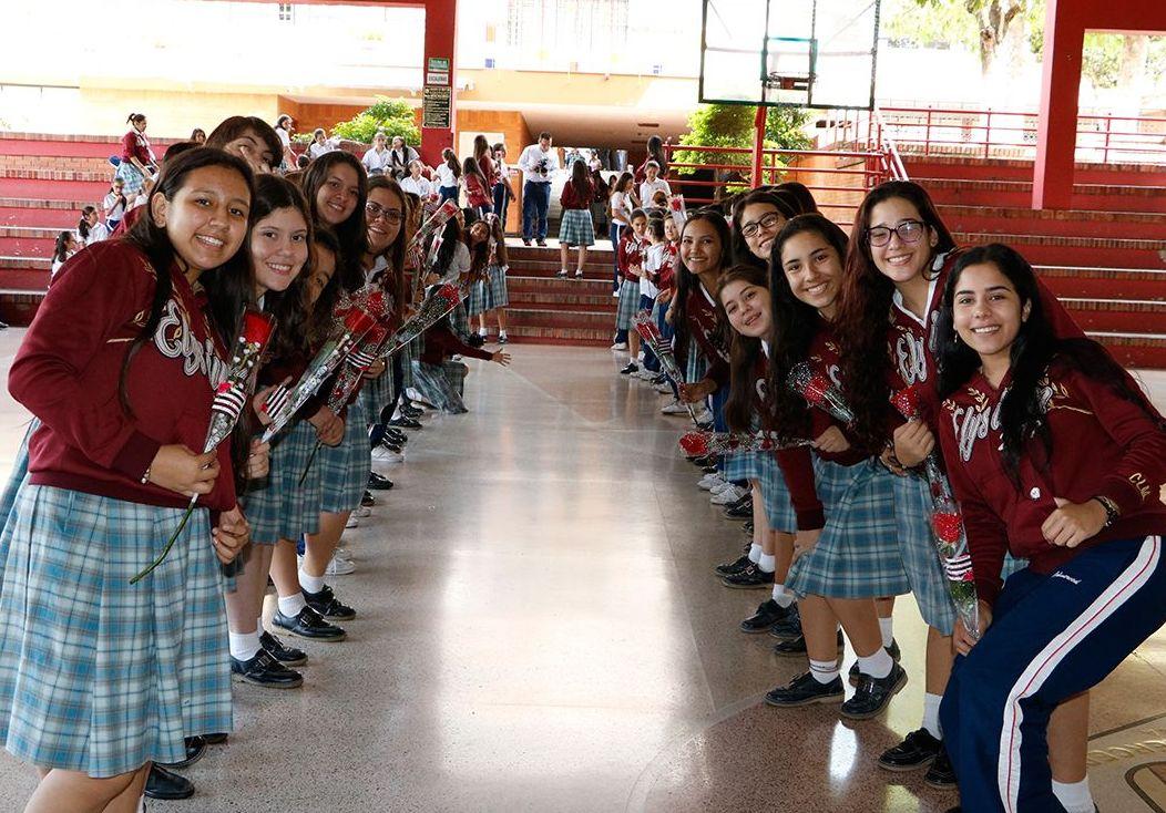 686b7347 Con diferentes actos organizados por el personal docente, administrativo y  de servicios generales del Colegio La Merced, se celebró el Día  Internacional de ...